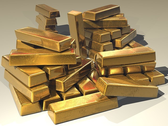 Get Gold in all its forms at Oro Express Chandler Pawn and Gold. Gold is welcomed as are our customers!